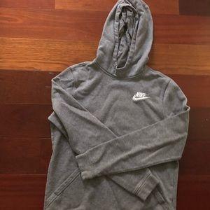 💧3/$16 Nike Hoodie